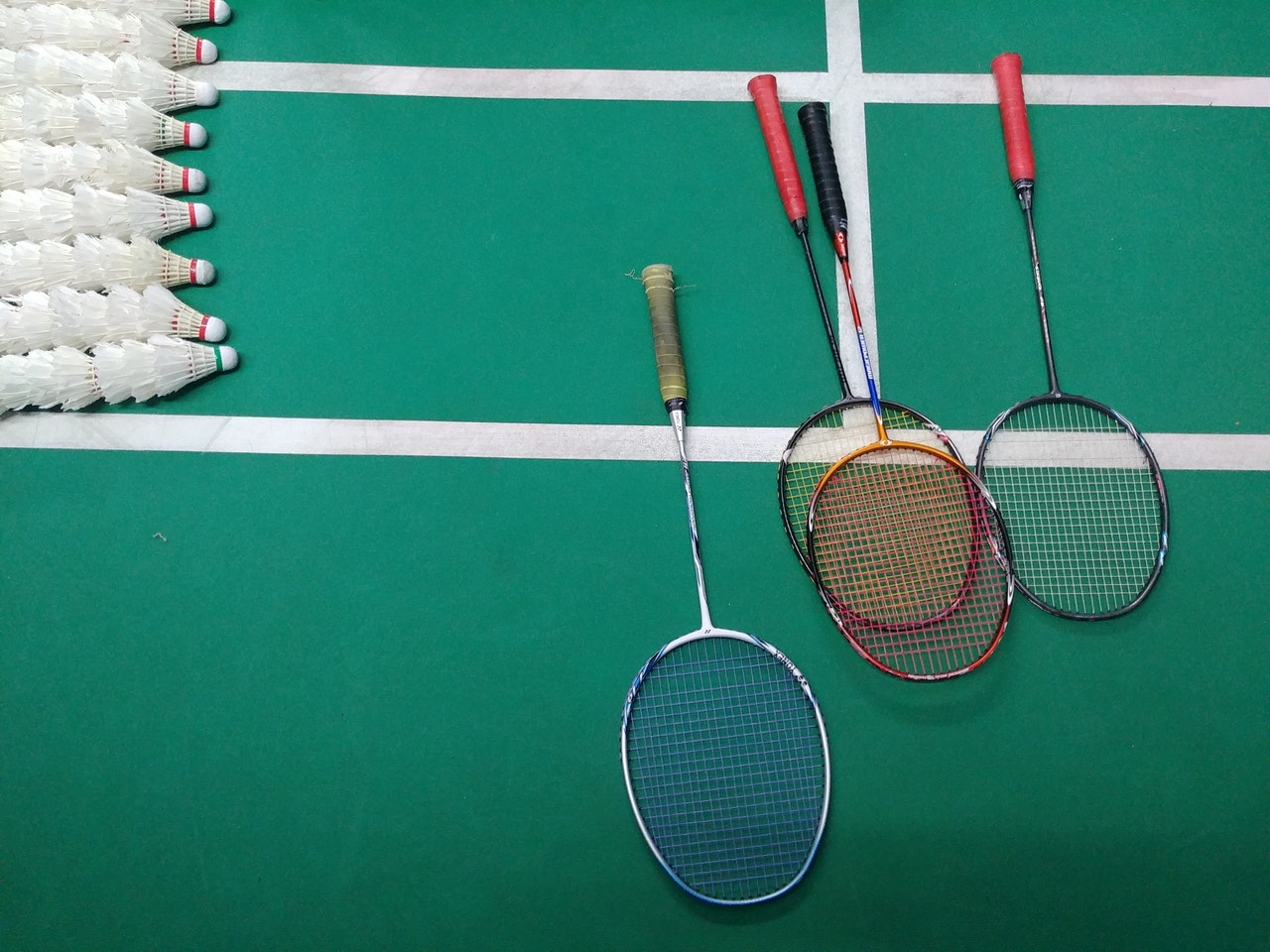 Een test en vergelijking van badminton sets