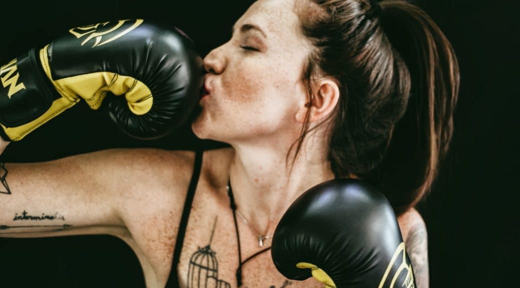 Beste bokshandschoenen voor u: 7 dingen om te zoeken naar