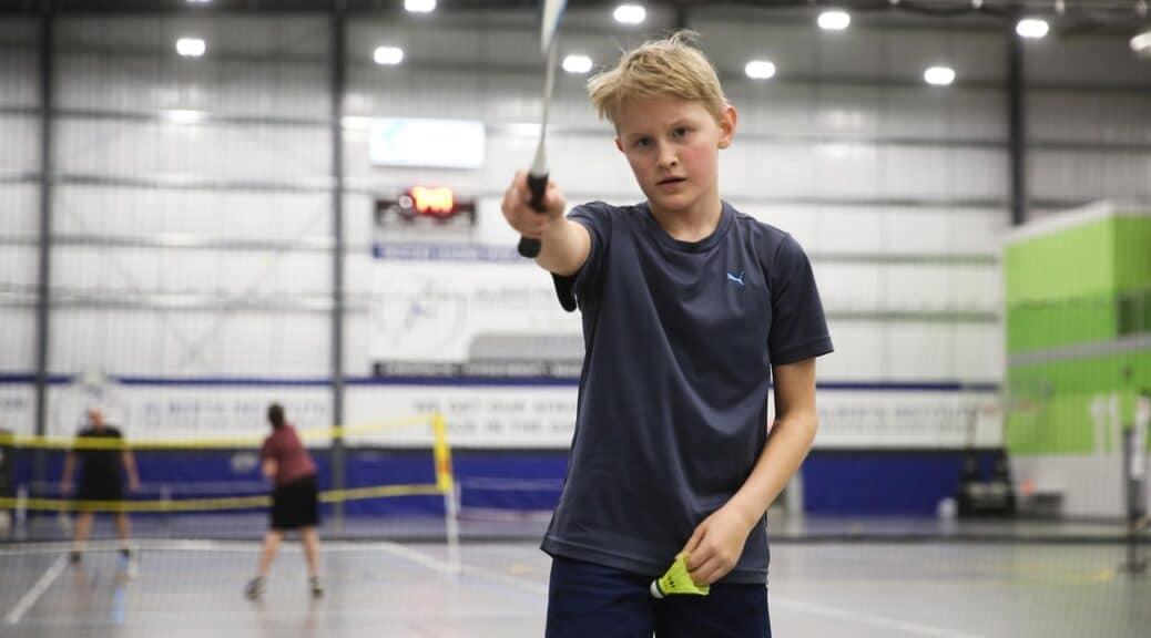 Zijn de badmintondiensten vergelijkbaar met de tennisdiensten?